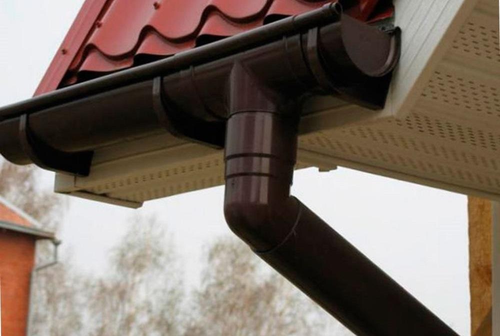 ПВХ и металлические водосточные системы